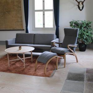 BD Kroken stol inkl. skammel - Læder (vist i stof)