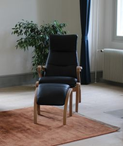 BD Elena stol inkl. skammel - Læder